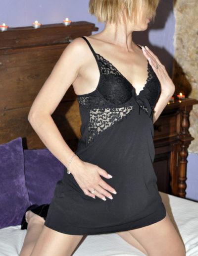 Nina Escort Dormitorio